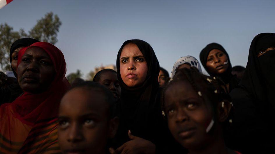 Les Soudanaises, désormais autorisées à danser et porter des pantalons