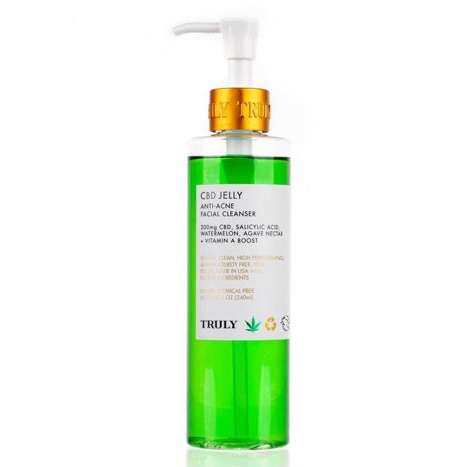 Nettoyant visage anti-acné, Truly - 22 euros