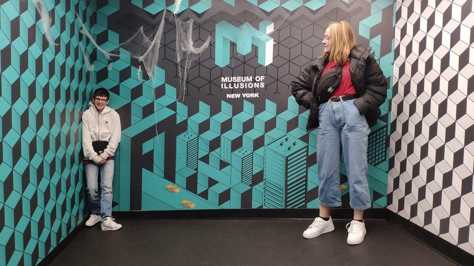 """Les illusions sont à la mode : le """"musée de l'illusion"""" ouvre à Paris, des jeux, des livres séduisent. Notre sélection sur ce thème !"""