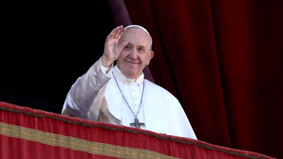 Le pape rend hommage aux femmes pour sa première messe de l'année