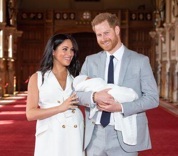 Harry e Meghan dicono addio alla Famiglia Reale: ecco cosa è successo