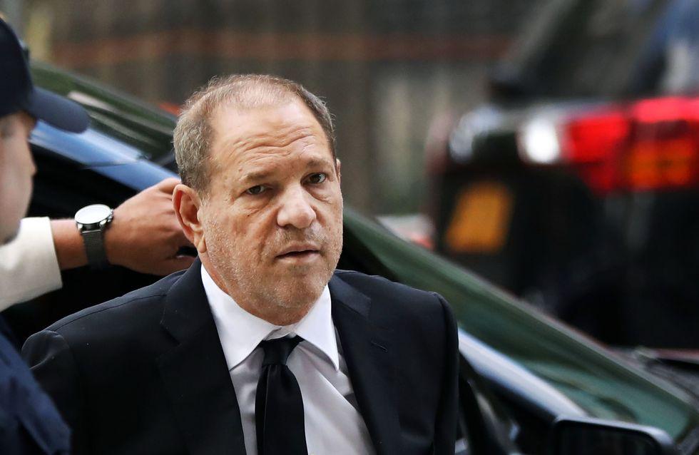 Le violeur, c'est toi : une danse devant le tribunal où Harvey Weinstein est jugé