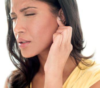 Prurito all'orecchio: cause e rimedi efficaci