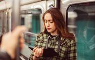 Manspreading: cómo los hombres invaden mi espacio en el transporte público