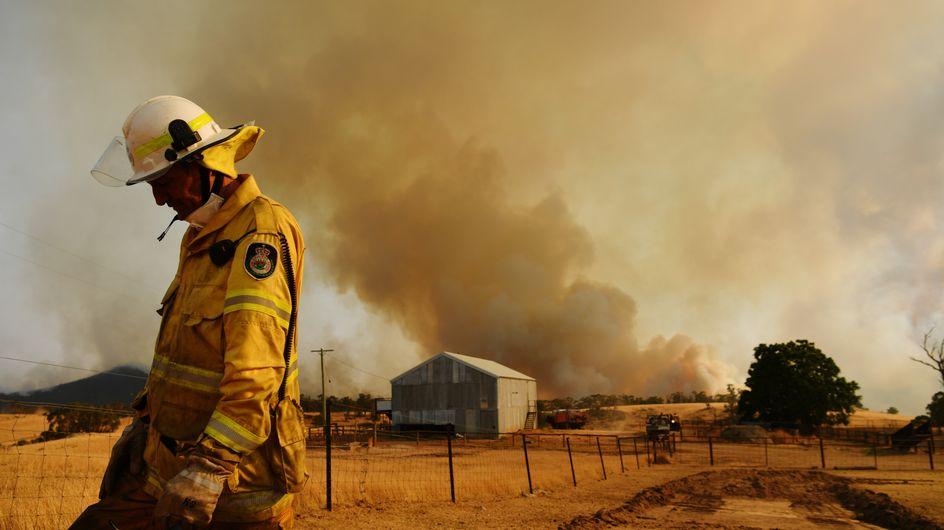 Ces pompiers australiens refusent de défiler pour des raisons honorables