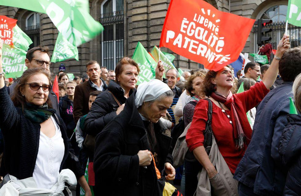 Les militants anti-PMA manifestent à Paris contre la loi bioéthique