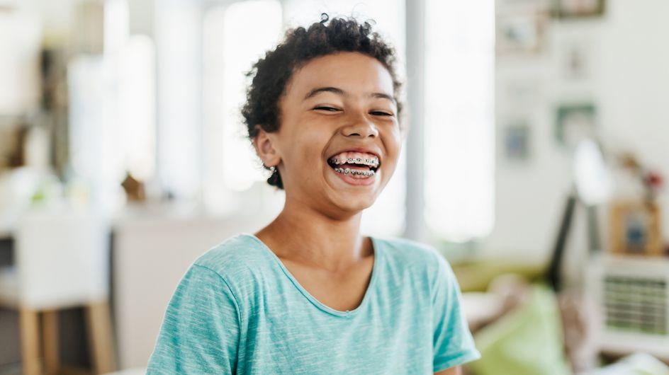 Zahnspange für Kinder: Die wichtigsten Fakten zu Kosten, Arten und Zeitpunkt