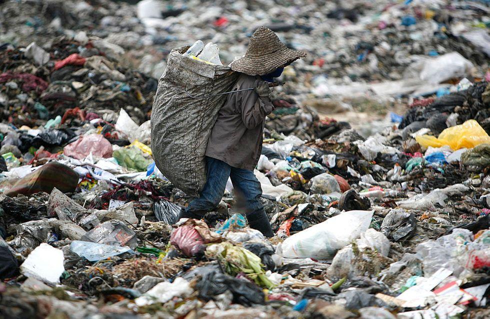 Renvoi de 150 conteneurs de déchets vers leurs pays d'origine — Malaisie