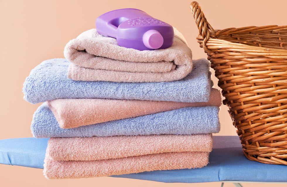Handtücher waschen: So wird harte Wäsche wieder weich