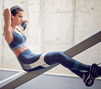 Flach & stark: Die besten Übungen für die unteren Bauchmuskeln