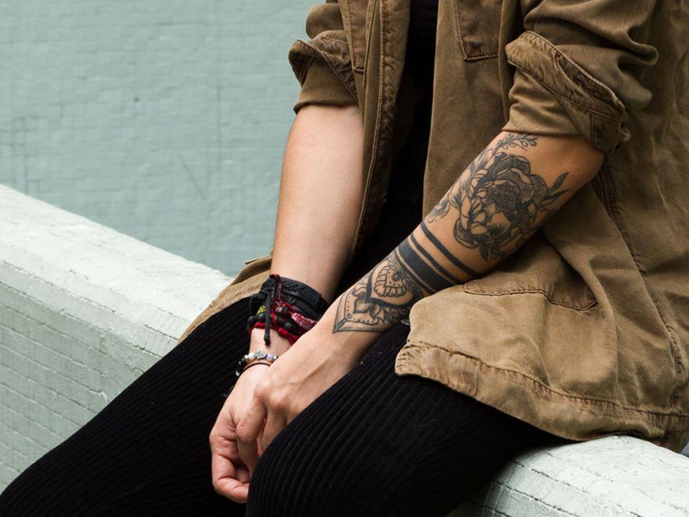 Frau kosten tattoo unterarm Tattoo Unterarm