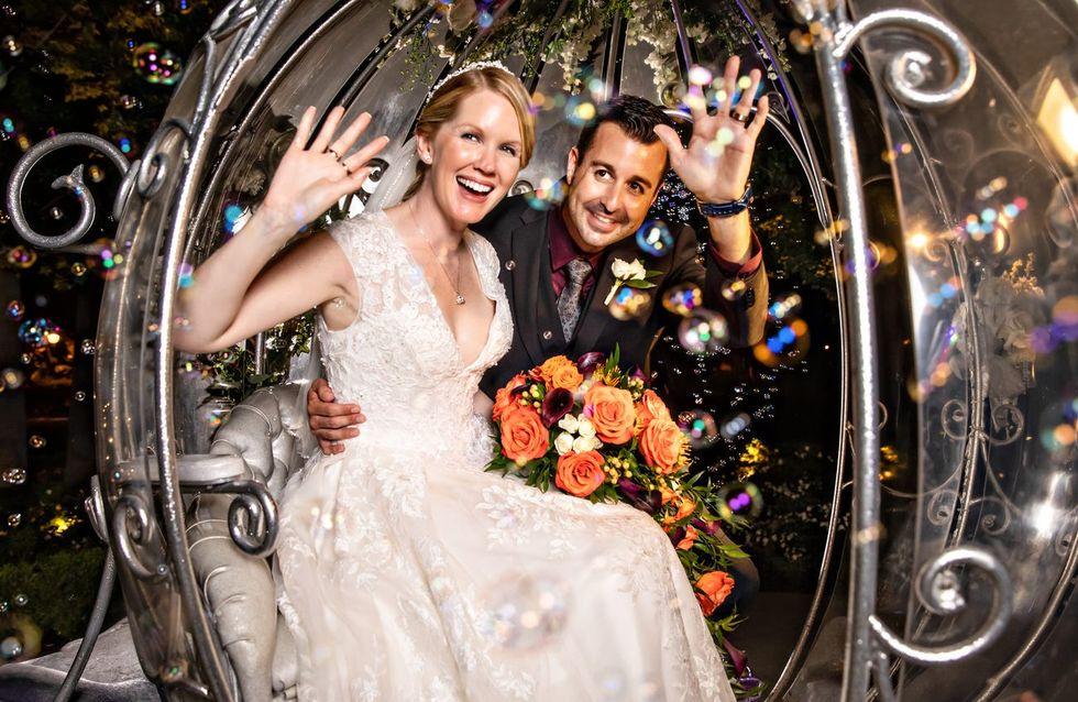 Ce couple s'est marié à Disneyland et les photos sont magiques