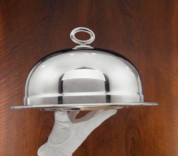 Come pulire l'argento: tutti i rimedi per far splendere l'argenteria