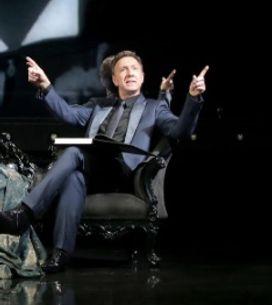 Stéphane Bern, au sommet de son art dans «Vous n'aurez pas le dernier mot»