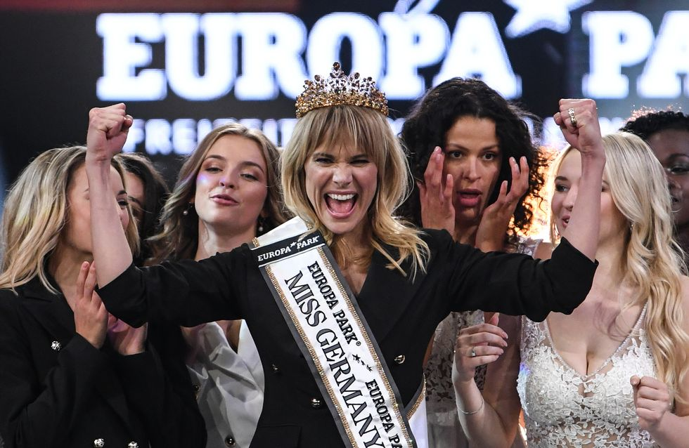 Miss Germania stravolge le regole: vince una mamma single di 35 anni