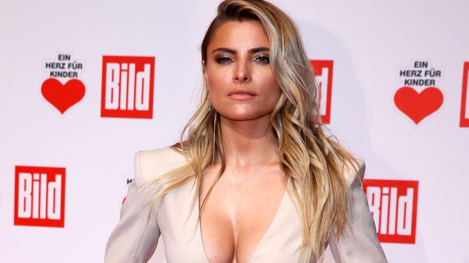 Sophia Thomalla: Knappes Outfit heizt Fans mächtig ein