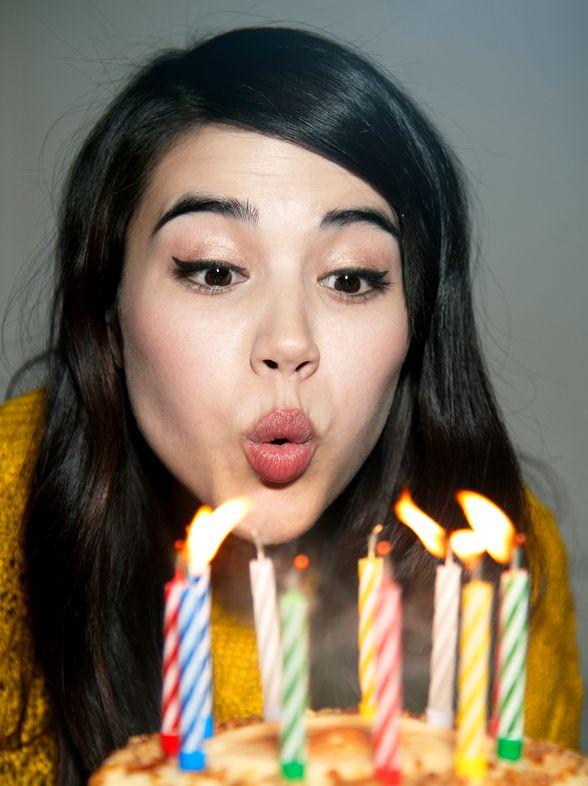 Frasi di buon compleanno: gli auguri più belli, poetici e divertenti di sempre!