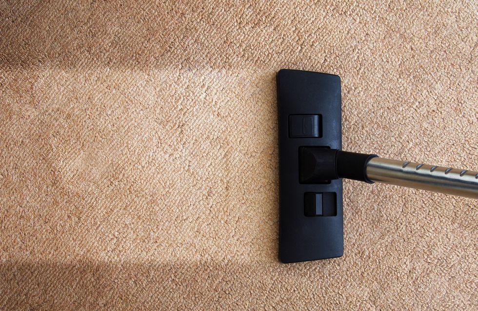 Come pulire i tappeti: i migliori rimedi fai-da-te low cost
