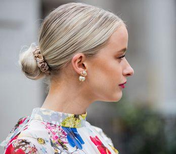 Frisuren mit Scrunchie: So stylst du das Trend-Haargummi richtig