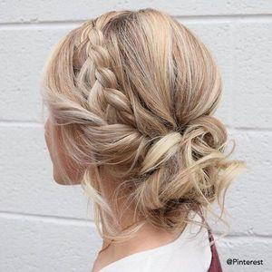 Tuto 7 Idees De Chignon Pour Cheveux Courts