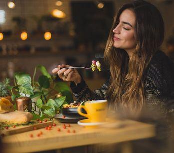 Estos son los 7 alimentos prohibidos en una dieta saludable