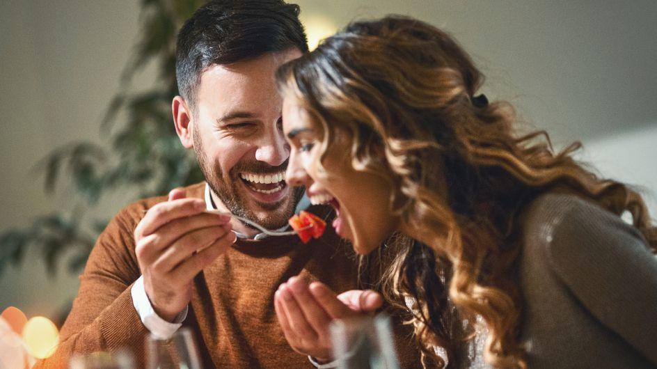 Galateo: 10 regole su come comportarsi a tavola