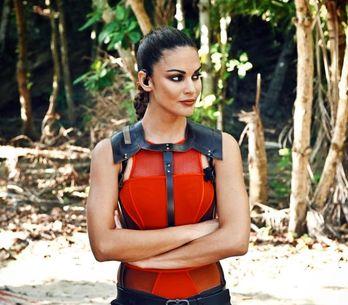 Supervivientes: A Lara Álvarez se le escapa en directo un nuevo ''tongo'' que se