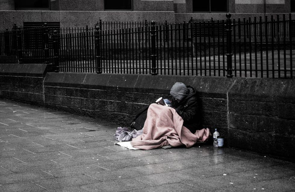 60 000 sans-abris bénéficieront de chèques-services pour des produits de première nécessité