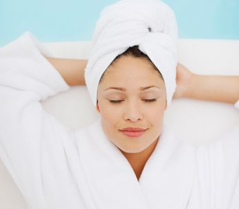 Kosmetikstudio zu: Die besten Beauty-Behandlungen für Zuhause