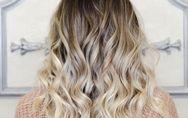 ¿Cómo rizar el pelo con la plancha?: 3 pasos a seguir para tener una melena de e