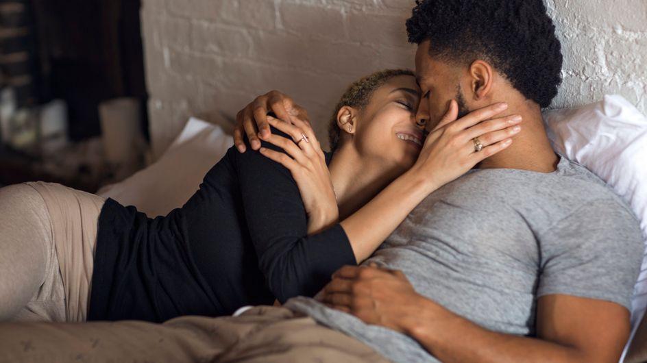 Dirty talk : comment dire des mots crus au lit sans créer de gêne ?