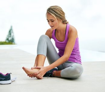 Micosi ai piedi: cause e rimedi più efficaci
