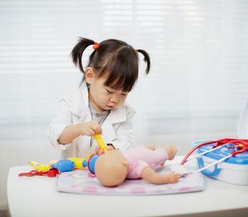 Comment apprendre à son enfant à jouer seul ?