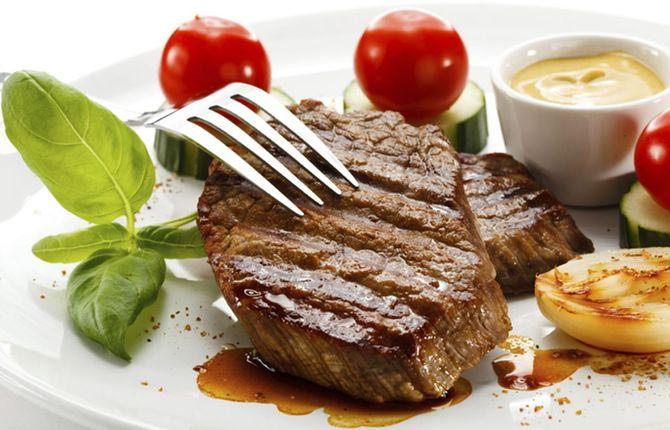 100 g Fleisch im Schnitt: 20 g Eiweiß