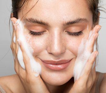 Nettoyage de peau, comment le réaliser à la maison ?