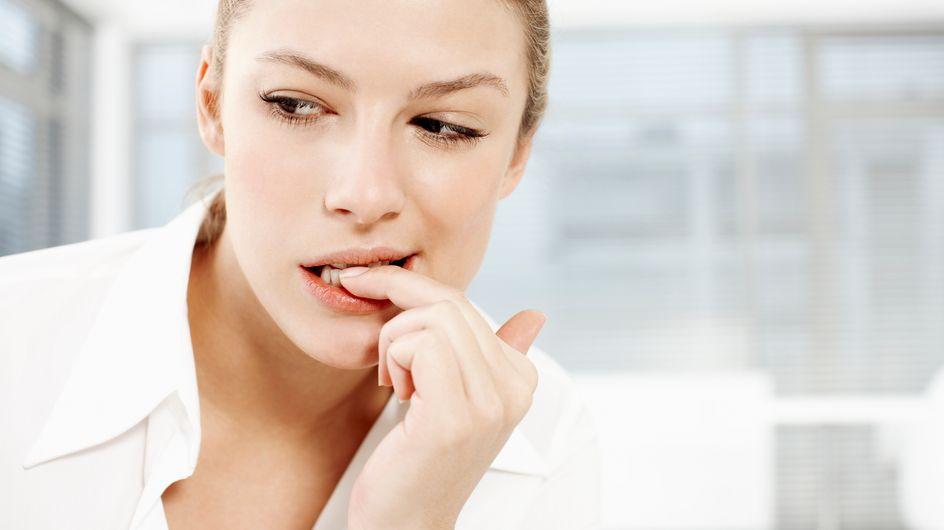 Mangiarsi le unghie: cause e rimedi dell'onicofagia