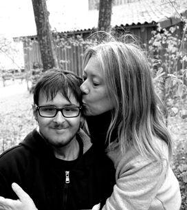 Maman de 2 enfants atteints d'une maladie incurable, elle témoigne la vie est p