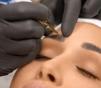 Dermopigmentation ou microblading, quel tatouage des sourcils est fait pour moi