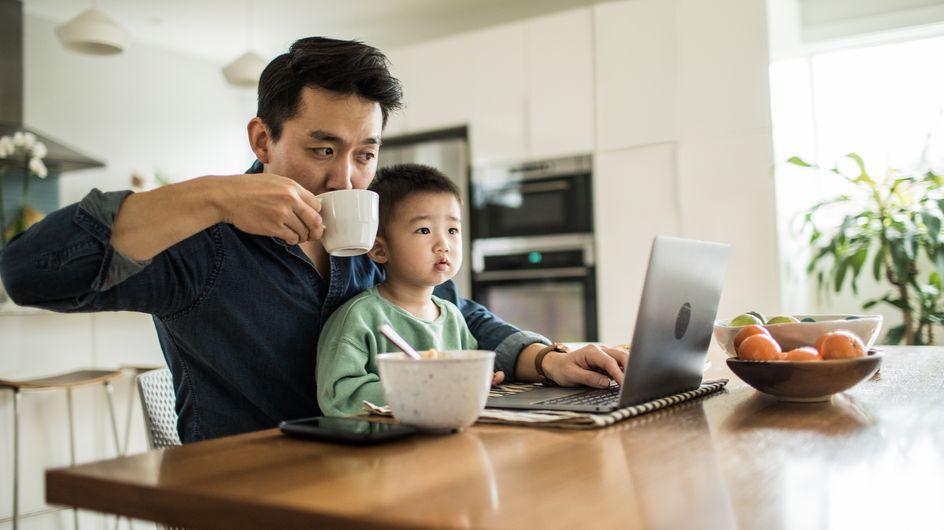 Les parents sont plus productifs à la maison que les télétravailleurs sans enfants