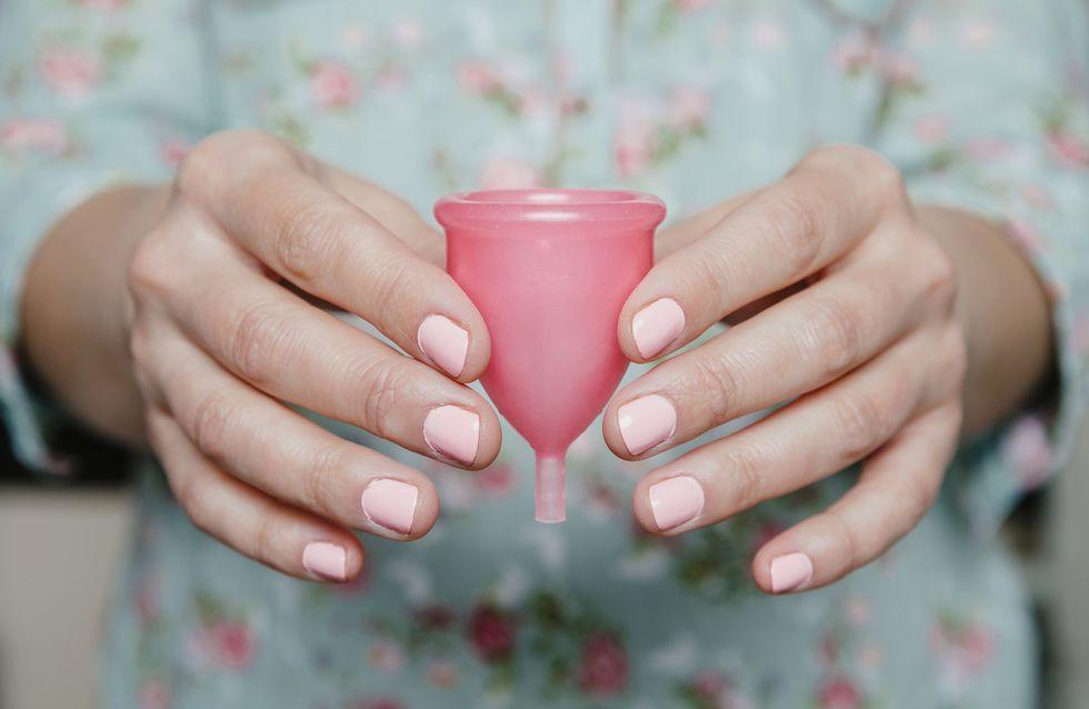 Protections hygiéniques : comment mettre une cup menstruelle ?