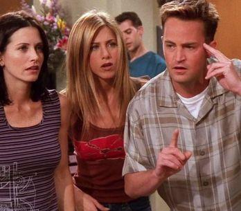 Quiz Friends : qui a embrassé qui dans la série ? Faites travailler votre mémo