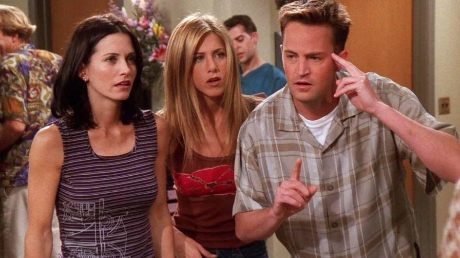 """Quiz """"Friends"""" : qui a embrassé qui dans la série ? Faites travailler votre mémoire"""