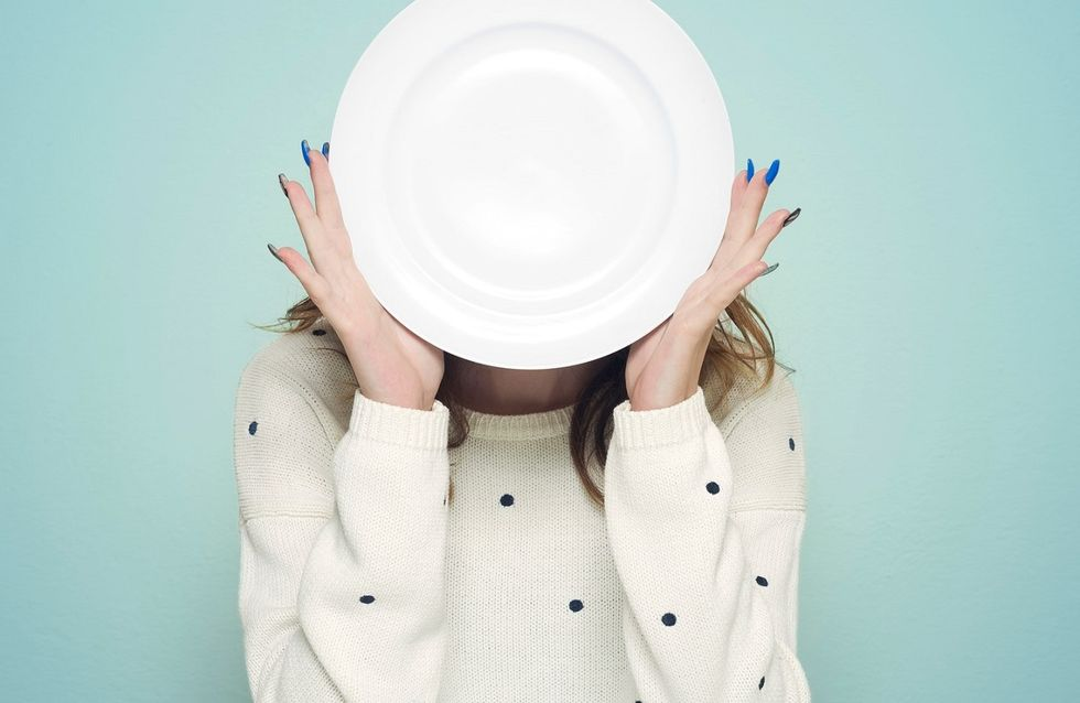 Come smettere di mangiare troppo: 8 consigli contro la fame nervosa