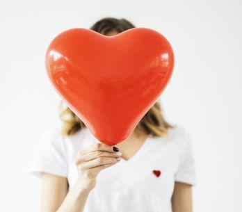 Fremdverliebt: Diese Tipps helfen euch durch das Gefühlschaos