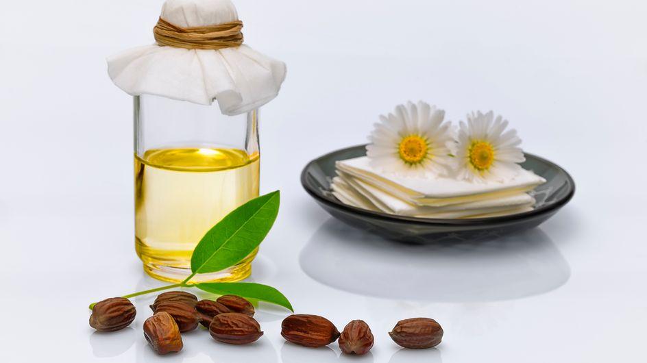 Olio di jojoba: un prodotto versatile per pelle, corpo e capelli