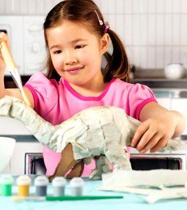 La recette de colle DIY pour du papier mâché réussi