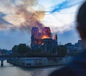 Netflix prépare une série sur l'incendie de Notre-Dame de Paris