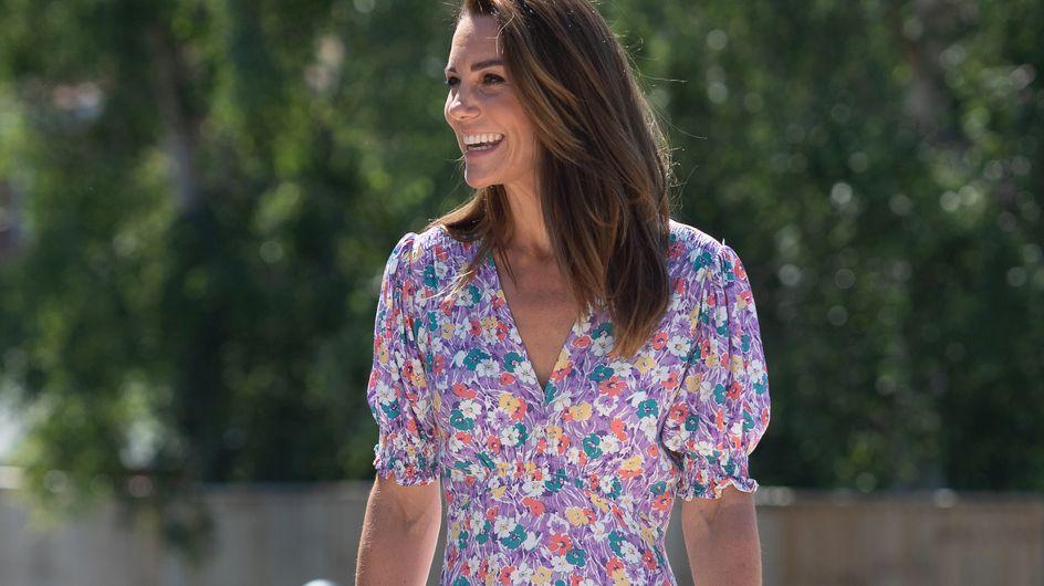 Robe longue et compensées, on s'inspire du look de Kate Middleton