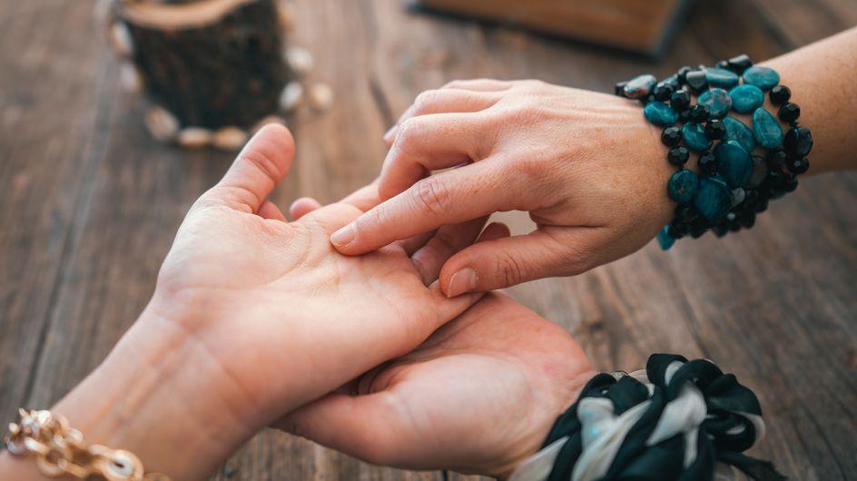 Come leggere la mano e scoprire cosa riserva il destino