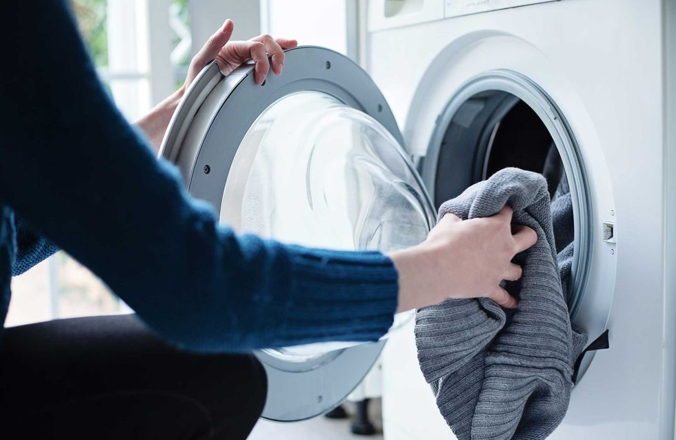 Waschmaschine stinkt: DIESE 5 Fehler sind schuld